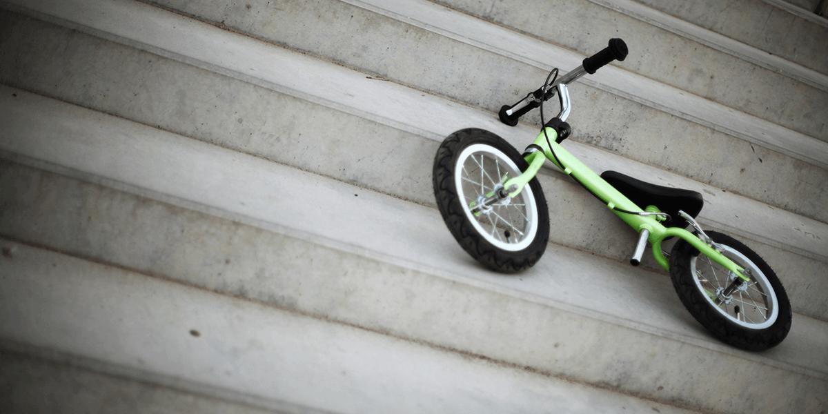 Развиваем ножки: беговелы для детей с дисплазией